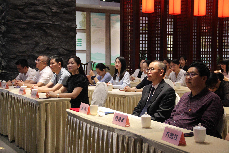 华侨大学与理想实业校企合作 创新研学与实践模式图2